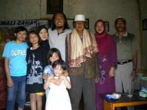 Bersama Kakek & Istrinya