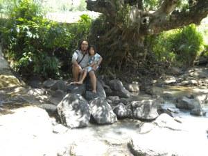 Sungai Depan Rumah Kakek