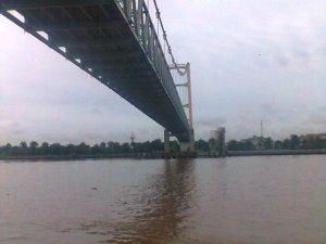 Jembatan Tenggarong Ketika Masih Tegak Berdiri
