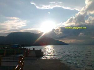 Sunset Di Tepi Danau Matano