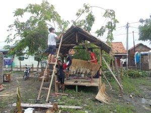 Proses Pembangunan Saung