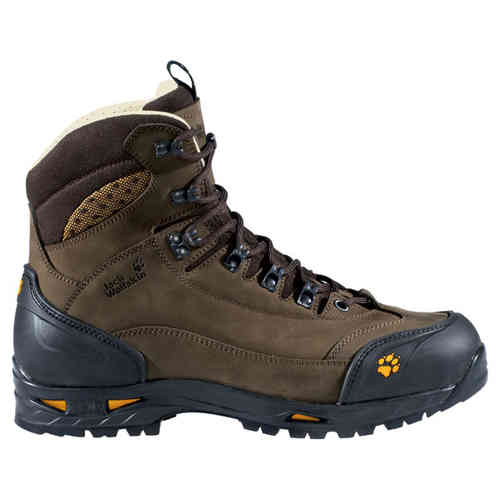 Tips Memilih Sepatu Gunung Yang Baik  215b91d685